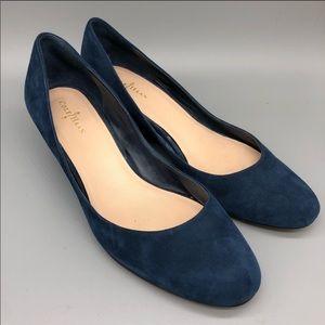 EUC Cole Haan Navy Suede Wedge Shoes